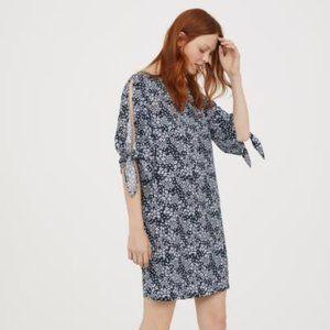 H&M Tie-Sleeved Dress